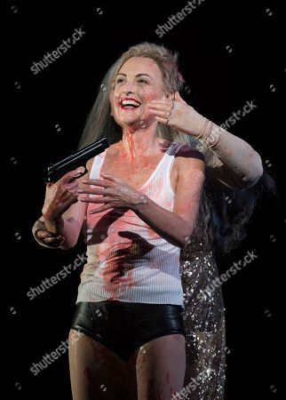 Allison Cook as Salome, Susan Bickley as Herodias
