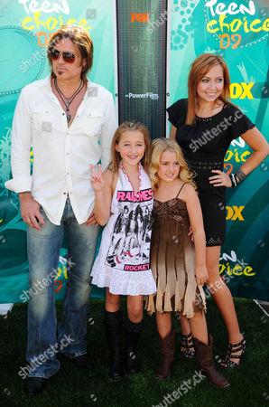 Billy Ray Cyrus, Noah Cyrus, Emily Grace Reaves and Brandi Cyrus