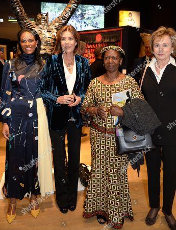 Noella Coursaris Musunka and Caroline, Princess of Hanover with guests