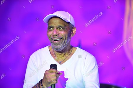 Frankie Beverly of Maze featuring Frankie Beverly performs