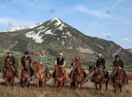 Stock Photo of Wes Bentley as Jamie Dutton, Forrie Smith as Lloyd, Luke Peckinpah as Fred Myers, Kevin Costner as John Dutton, Dave Annable as Lee Dutton, Denim Richards as Colby, Cole Hauser as Rip Wheeler