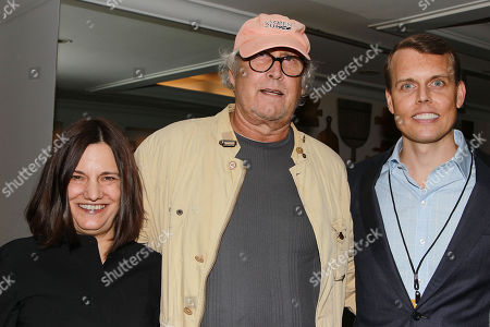 Amy Hobby, Chevy Chase, and David Earls