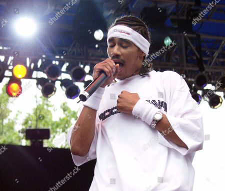 Layzie Bone of Bone Thugs N Harmony Performs During Music Midtown On May 4 2002