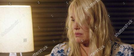 Daryl Hannah as Sarah Freidman