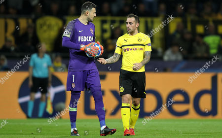 Stock Image of Monaco's goalkeeper Danijel Subasic talks to Dortmund's Paco Alcacer during the UEFA Champions League Group A soccer match between Borussia Dortmund and AS Monaco in Dortmund, Germany, 03 October 2018.