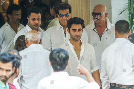 Bollywood actors Jitendra and Rakesh Roushan during Krishna Raj Kapoor funeral at Chembur