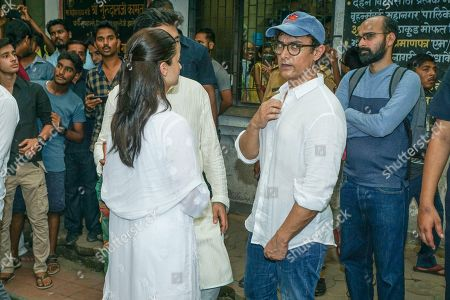 Bollywood actor Aamir Khan during Krishna Raj Kapoor funeral at Chembur