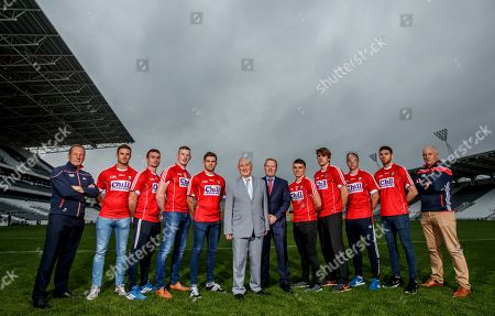Pictured at today's announcement is (L-R) Hurling manager John Meyler, Eoin Cadogan, Colm Spillane, Damien Cahalane, Alan Cadogan, Frank Murphy, Cork County Secretary, Fergal Lynch, Chill Insurance, Sean Powter, Ian Maguire, Paul Kerrigan and Luke Connolly and football manager Ronan McCarthy