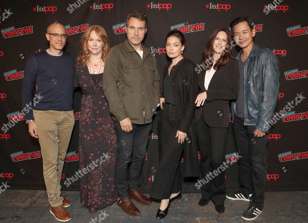 Stock Picture of Executive Producer David Zucker, Chelah Horsdal, Rufus Sewell, Alexa Davalos, Isa Dick Hackett and Joel De La Fuente