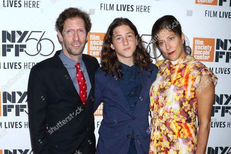 Tim Blake Nelson, son Eli Nelson and wife Lisa Benavides-Nelson