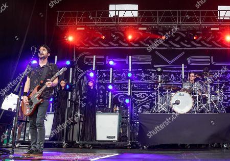 Pete Loeffler and Sam Loeffler of Chevelle in concert