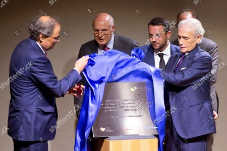 (L-R) Catalonian regional President Quim Torra, Director of the Reserach Center Evarist Feliu, Mayor of Badalona Alex Pastor and Spanish tenor singer Josep Carreras attend the inauguration of a new campus of the Josep Carreras Research Institute against Leukemia in Badalona, Catalonia, north eastern Spain, 05 October 2018. The center is considered to be Europe's biggest research center against leukemia.