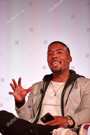 How Snapchat Brings Fans The Sports Moments That Matter. other major moments. Mod: Andrew Hawkins Former NFL wide receiver, ESPN NFL analyst.