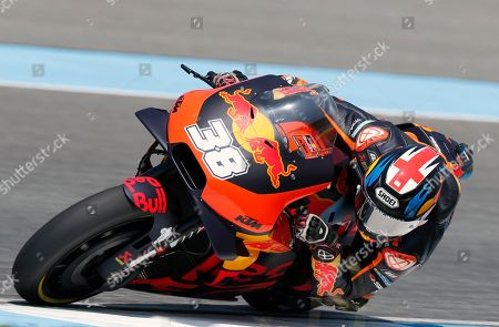British MotoGP rider Bradley Smith of the Red Bull KTM Factory Racing Team in action during the free practice 3 session at the Motorcycling Grand Prix of Thailand at Chang International Circuit, Buriram province, Thailand, 06 October 2018. The Motorcycling Grand Prix of Thailand will take place on 07 October 2018.