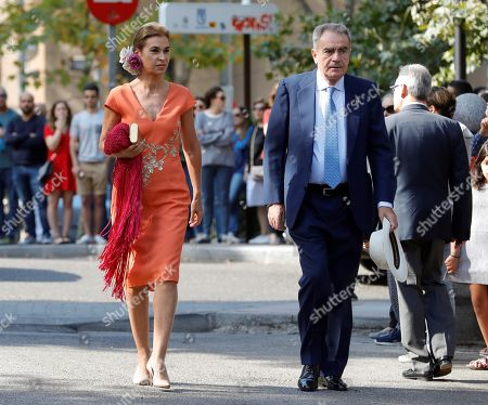 Uruguayan born Spanish writer Carmen Posadas (L) arrives at Palace of Liria to attend the wedding ceremony of the Duke of Huescar, Fernando Fitz-James Stuart y Solis (unseen), and his fiancée Sofia Palazuelo (unseen) in Madrid, Spain, 06 October 2018. The Duke of Huescar is the oldest son of current Duke of Alba, Carlos Fitz-James Stuart, and the heir to the dukedom of Alba.