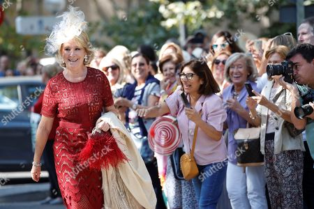 Esperanza Aguirre (L), former Madrid's Regional President, arrives at Palace of Liria to attend the wedding ceremony of the Duke of Huescar, Fernando Fitz-James Stuart y Solis (unseen), and his fiancée Sofia Palazuelo (unseen) in Madrid, Spain, 06 October 2018. The Duke of Huescar is the oldest son of current Duke of Alba, Carlos Fitz-James Stuart, and the heir to the dukedom of Alba.