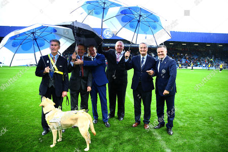QPR legends Dave Thomas, John Hollins, Don Shanks, Ron Abbott, Frank McLintock and Andy Sinton on the pitch at half time