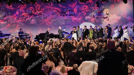 David Foster, Gladys Knight, Kenneth Babyface Edmonds, Fernando Verela, Pia Toscano, Jay Leno, and Shelea