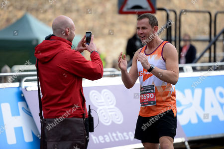 Scott Mills before the start
