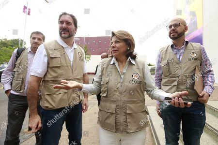 The head of the OAS Observer Mission in Brazil, former Costa Rican president Laura Chinchilla (2-R), visits a voting center in Brasilia, Brazil, 07 October 2018. A total of 147.3 million Brazilian voters are called to elect their next president in a two-round election in which Brazilian socialist Fernando Haddad and extreme right-winger Jair Bolsonaro are the two main candidates are contesting to become the new leader of the country. The second round of the presidential election will be held on 28 October.