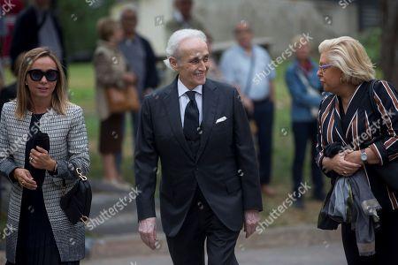 Spanish tenor Josep Carreras(C) arrives to the funeral of late Spanish soprano Monserrat Caballe in Barcelona, Spain, 08 October 2018. Monserrat Caballe died early 06 October 2018.