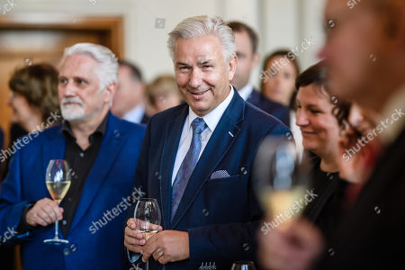Former Berlin Governing Mayor Klaus Wowereit (R) poses next to his life partner  Joern Kubicki (L), during a lunch on the occasion of his 65th birthday at the Berlin town hall 'Rotes Rathaus' in Berlin, Germany, 08 October 2018. Wowereit turned 65 on 01 October 2018. Berlin Governing Mayor Michael Mueller arranged a lunch on this occasion.