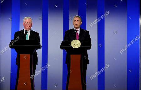 The President of Colombia Ivan Duque (R), and the Delegate of the European Union for Peace Affairs Eamon Gilmore (L) participate in a press conference in Bogota, Colombia, 08 October 2018. The special envoy of the European Union (EU) for the Peace Process in Colombia Eamon Gilmore begins tomorrow his first visit to the country during the Government of President Ivan Duque, with whom he will meet to reaffirm his commitment to the agreement.