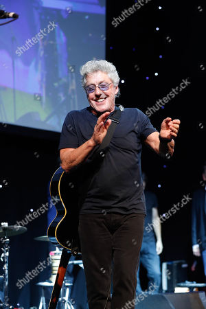 Roger Daltry of The Who performing at the Legends of Football Award