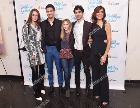 Grace Van Patten, Nat Wolff, Holly Hunter, Alex Wolff, and Polly Draper