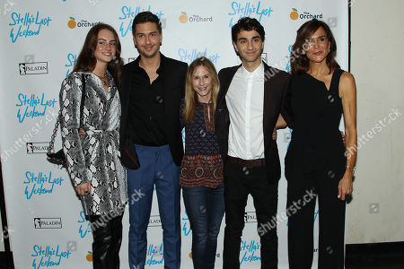 Nat Wolff, Holly Hunter, Alex Wolff, Polly Draper
