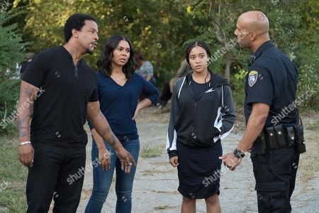 Russell Hornsby as Maverick 'Mav' Carter, Regina Hall as Lisa Carter, Amandla Stenberg as Starr Carter, Common as Carlos