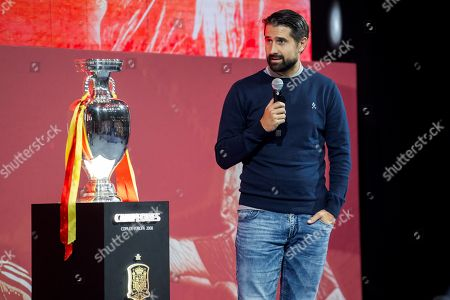 Stock Photo of Spanish former soccer player Ruben de la Red delivers a speech during a tribute for late Spanish national soccer team head coach and former soccer player Luis Aragones at Las Rozas sports facilities in Madrid, Spain, 09 October 2018. The homage featured the presentation of the documentary 'Luis, the wise man of success' on life and achievements of Luis Aragones.