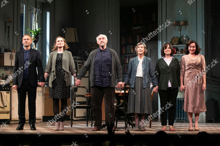 James Hillier (The Man), Anna Madeley (Elise), Jonathan Pryce (Andre), Eileen Atkins (Madeline), Amanda Drew (Anne) and Lucy Cohu (The Woman) during the curtain call
