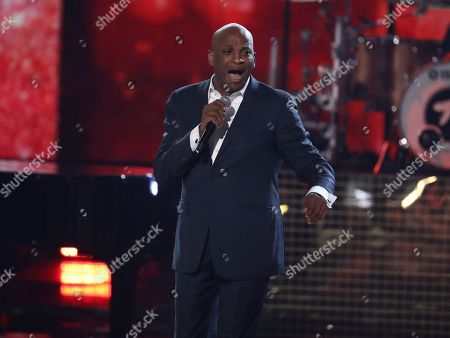 """Donnie McClurkin performs """"Ain't No Mountain High Enough"""" during a tribute to the late singer Aretha Franklin at the American Music Awards, at the Microsoft Theater in Los Angeles"""