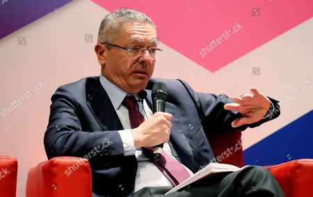 Former Spanish Minister of Justice and former Regional President of Madrid Alberto Ruiz-Gallardon participates in the debate 'The oscillation of values', during the 14th Plenary Meeting of the Circle of Montevideo, in Bogota, Colombia, 10 October 2018.
