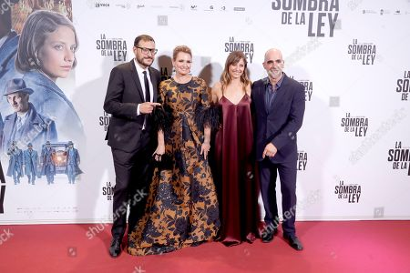 (L-R) Spanish filmmaker Dani de la Torre, Spanish soprano Ainhoa Arteta and Spanish actors and cast members Michelle Jenner and Luis Tosar pose upon arrival at the premier of the movie 'La sombra de la Ley' (The shadow of the Law) at the Capitol cinema in Madrid, Spain, 10 October 2018.