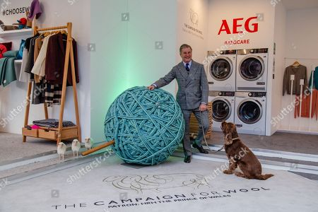 Jeremy Hackett launches Wool Week 2018 by unveilling Wool Care Installation in the heart of Covent Garden Piazza