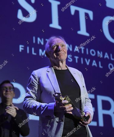 Australian director Peter Weir poses with the Honourable Big Award during the Sitges' Fantastic Cinema International Festival gala held in Sitges, Barcelona, Spain, 11 October 2018.