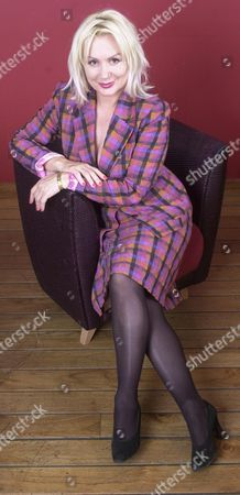 Actress Hetty Baynes.hetty Baynes Has Revealed She Had An On-off Affair With The Late Actor Michael Elphick.