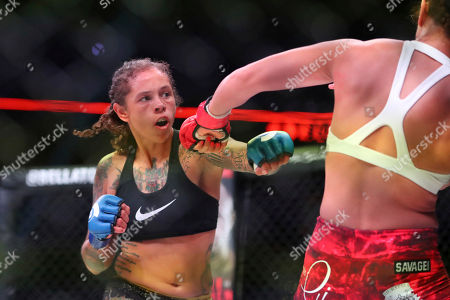 Sarah Click, left, pursues Kristi Lopez during a mixed martial arts bout at Bellator 207, in Uncasville, CT, on . Click won via decision