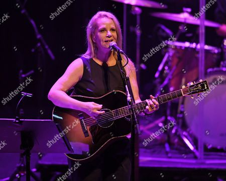 Editorial photo of Mary Chapin Carpenter in concert at The Broward Center, Fort Lauderdale, USA - 12 Oct 2018