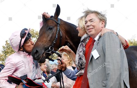 TOO DARN HOT (Frankie Dettori) with Lord and Lady Lloyd Webber after The Darley Dewhurst Stakes Newmarket