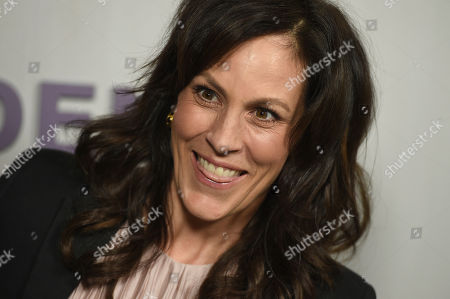 Annabeth Gish arrives at the 16th Annual Hammer Museum Gala in the Garden on in Los Angeles