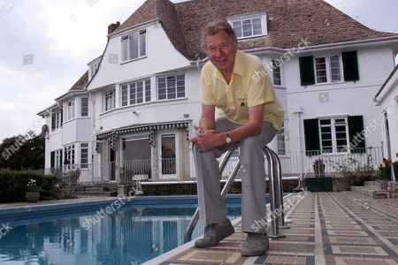 Max Bygraves Pictured At His Bournemouth Home.27.8.02  Features Special .