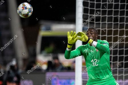 Switzerland's goalkeeper Yvon Mvogo in action during the UEFA Nations League soccer match between Iceland and Switzerland at the Laugardalsvoellur stadium in Reykjavik, Iceland, 15 October 2018.