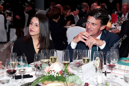 Manuel Valls Galfetti (R) and Ines Arrimadas Garcia