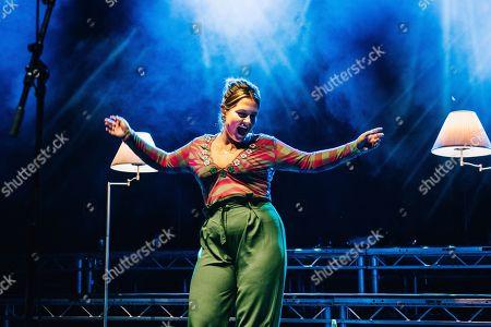 Elli Ingram plays Southampton Guildhall in support of Tom Grennan