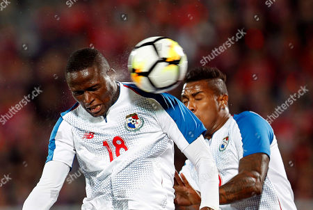 Abdiel Arroyo (L) of Panama in action during the International Friendly soccer match between South Korea and Panama at Cheonan Sports Complex in Cheonan, South Korea, 16 October 2018. The match ended 2-2.