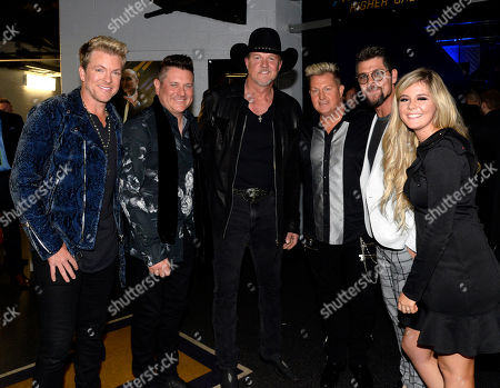 Singer/Songwriters Joe Don Rooney and Jay DeMarcus of Rascal Flatts with Singer/Songwriter Trace Adkins and Gary LeVox of Rascal Flatts with Singer/Songwriter Jason Crabb and daughter Ashleigh Taylor