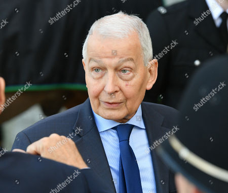 Frank Field Birkenhead Mp - A Memorial To Pc David Phillips Of Merseyside Police Is Unveiled At Hamilton Square Gardens Birkenhead Merseyside.